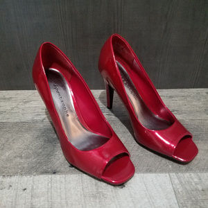 Apostrophe - Red Patent Leather Heels - Size 6